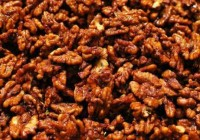 ¿Cuántas calorías tienen las nueces garrapiñadas o caramelizadas?