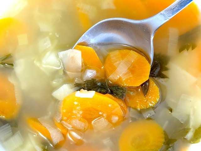 ¿Cuántas calorías tienen las zanahorias hervidas?