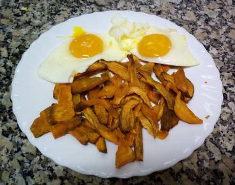 Boniatos con huevos