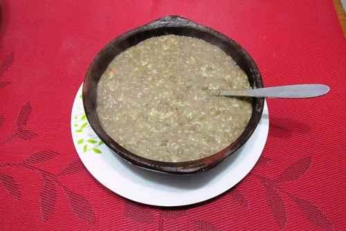 Calorías en un plato de lentejas hervidas
