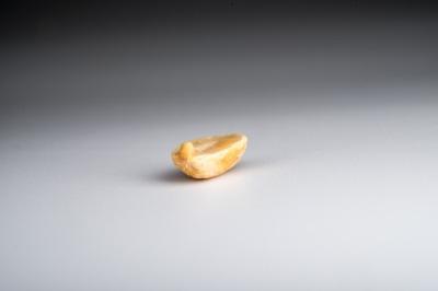 Un solo cacahuete
